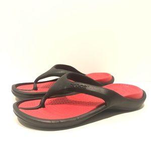 CROCS Unisex Black Red Flip Flops W12 M10